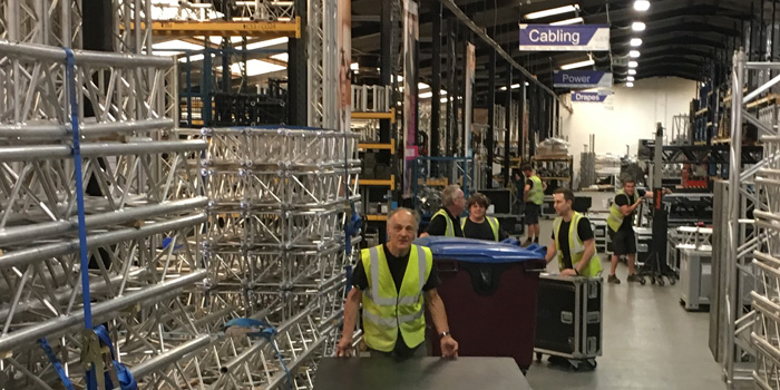 Warehouse-staff-busy.jpg